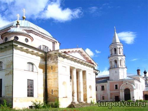 Собор Борисоглебского мужского монастыря в Торжке