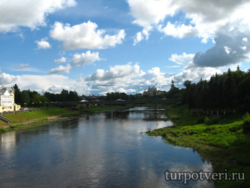 Вид с набережной в Торжке