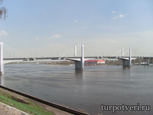 Автомобильный мост через Волгу