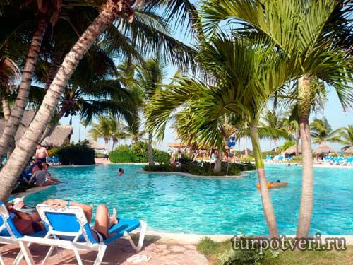 Как сэкономить на отдыхе за границей
