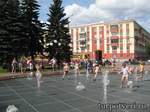 Фонтан на Комсомольской площади