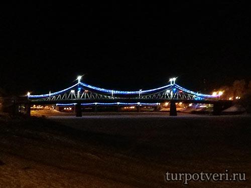 Новогодний старый мост в Твери