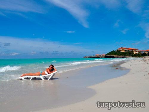 Где отдохнуть в августе за границей