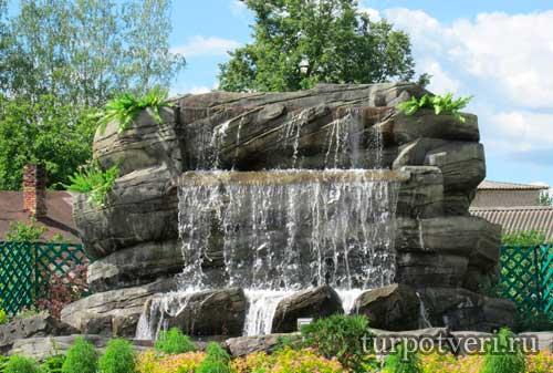 Каменный водопад в Западной Двине