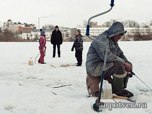 Рыбачим в Подмосковье