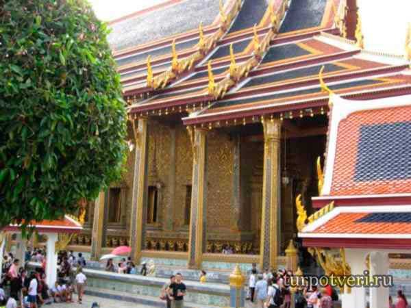 korolevskiy-dvorets-Bangkok